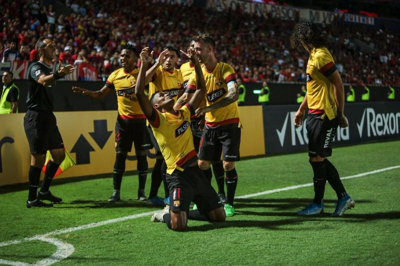 Barcelona SC 4