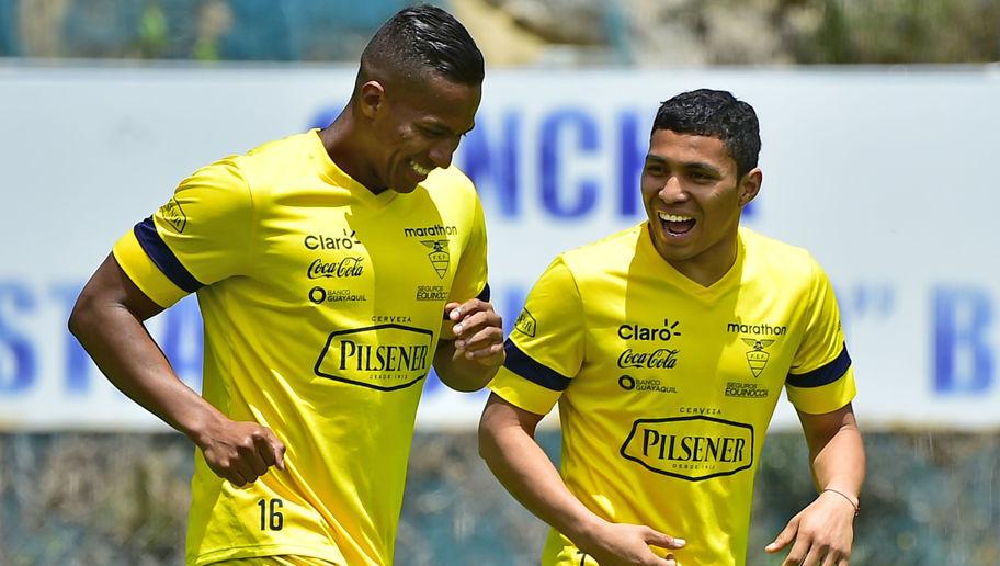 Futbol Ecuador Valencia y Montero