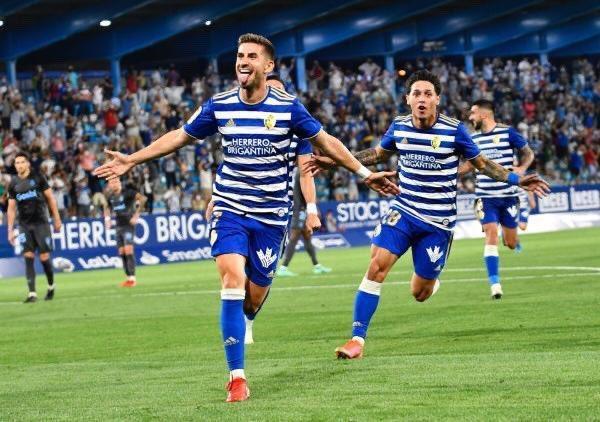 SD Ponferradina con Kike Saverio en una contundente victoria sobre Málaga